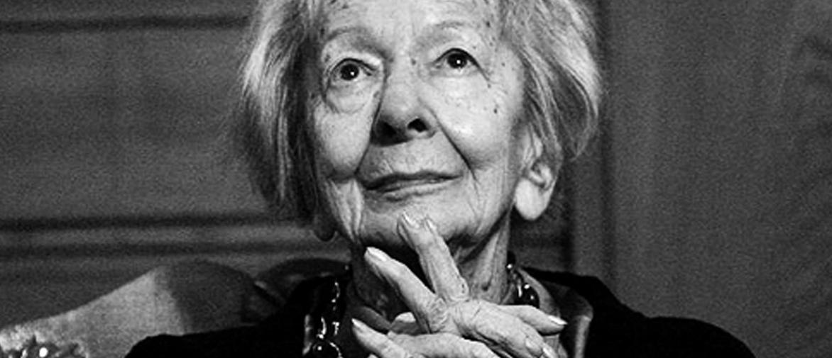 Wislawa Szymborska Alma Era Una Palabra