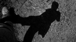 A veces persigo tu sombra